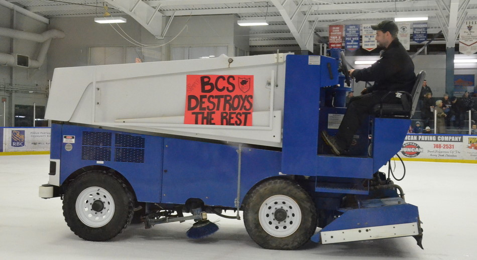 Brentwood blog showcase hockey shinny night in mill bay for Floor zamboni
