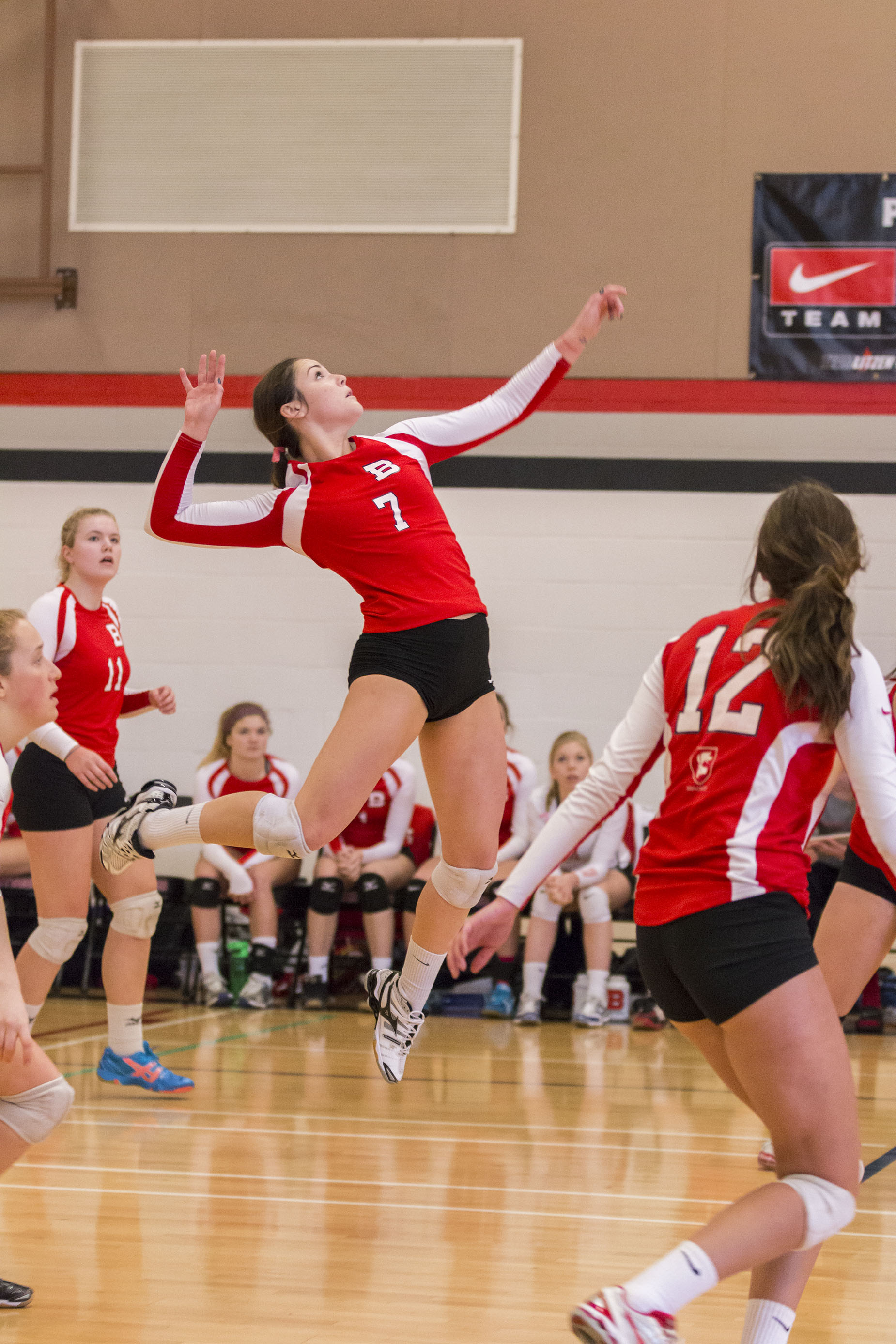 volleyball player Get the latest high school sports high school girls volleyball news, rankings, schedules, stats, scores, results & athletes info for high school football, soccer, basketball, baseball, and more at alcom.